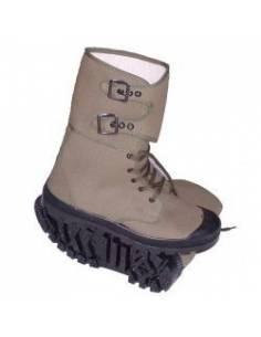 Chaussure haute de brousse type Pataugas