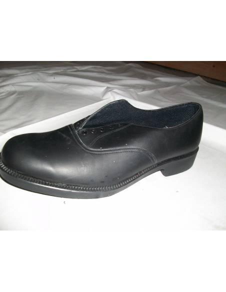Basse chaussure de sortie britannique