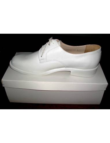 Low shoe leather white