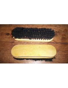 Brush shoe